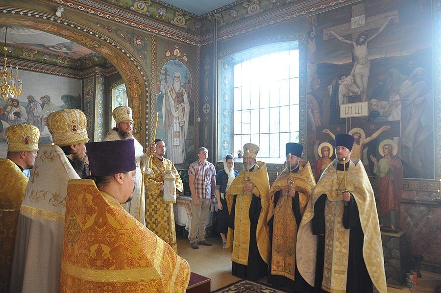 Архиепископ Феодосий совершил всенощное бдение накануне Недели 13-й по Пятидесятнице