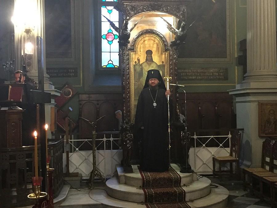 Архиепископ Боярский Феодосий совершил Литургию на месте распятия апостола Андрея Первозванного
