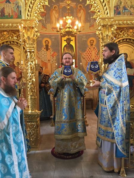 Архієпископ Феодосій звершив Літургію в день віддання свята Успіння Пресвятої Богородиці