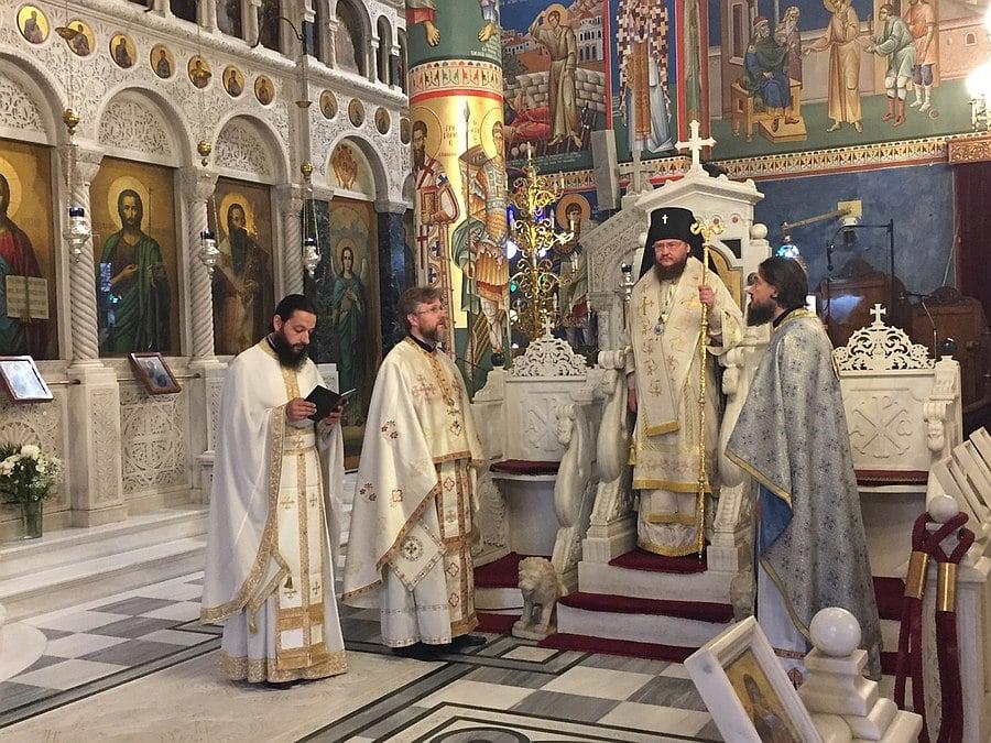 Архієпископ Боярський Феодосій звершив Літургію біля мощей святого праведного Іоанна Руського