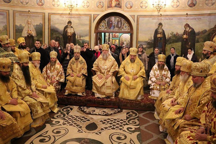 Архієпископ Боярський Феодосій взяв участь в урочистостях у столичному Введенському монастирі
