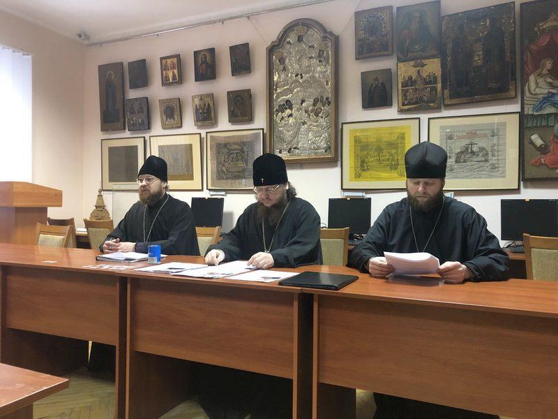 Архієпископ Феодосій провів ставленицький іспит для кандидатів на висвячення у священний сан