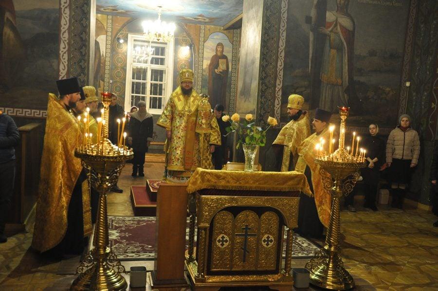 Архиепископ Феодосий совершил всенощное бдение накануне Недели 29-й по Пятидесятнице