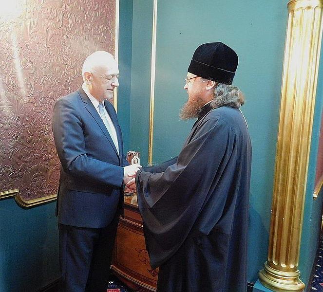 Архієпископ Феодосій подякував послу Сербії в Україні за канонічну підтримку УПЦ Сербською Православною Церквою