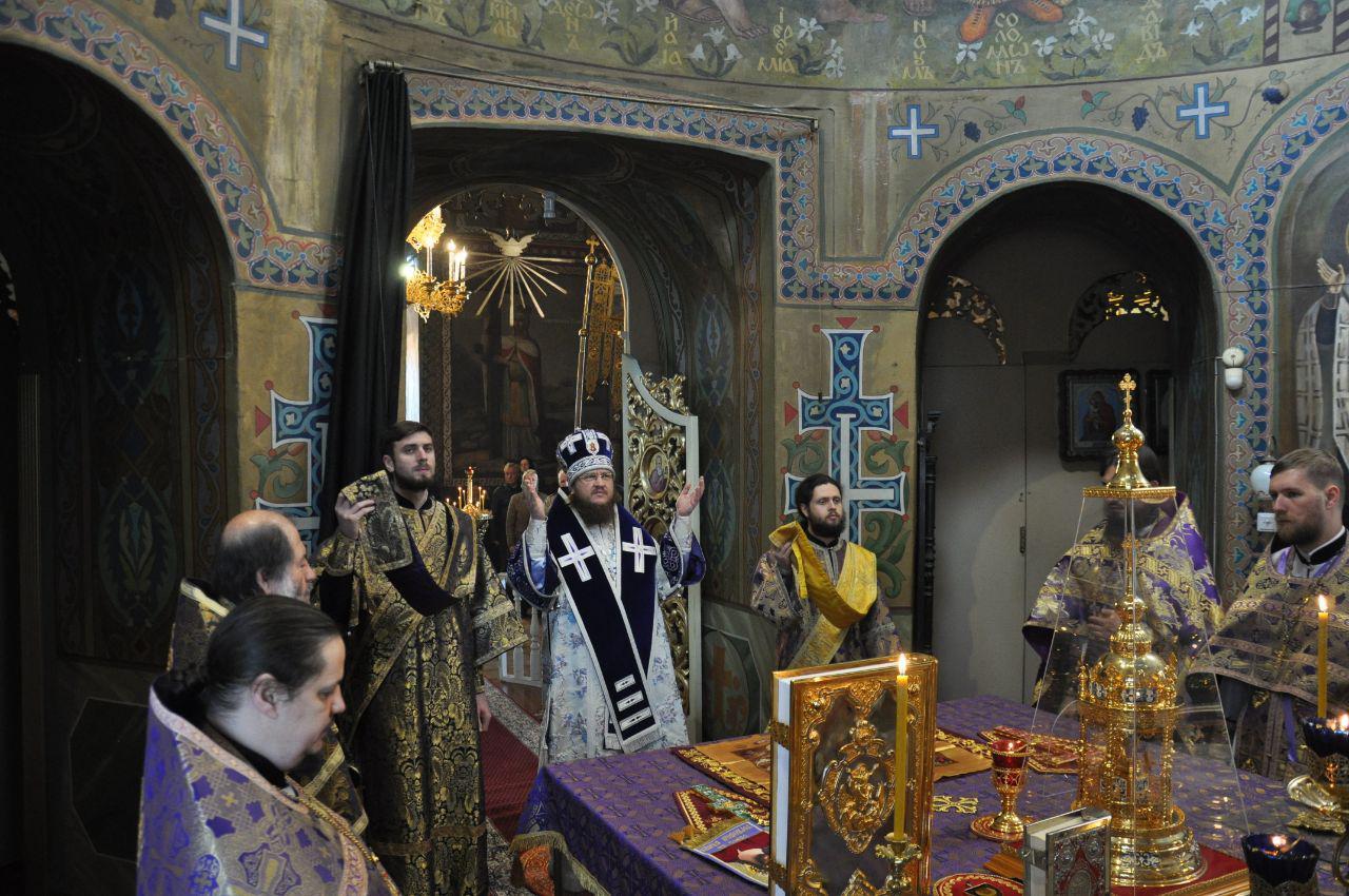 Архієпископ Феодосій звершив Літургію в Великий Четвер