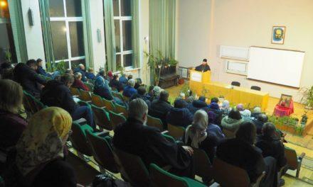 Архієпископ Феодосій провів зустріч з киянами в рамках проекту «Нікольські вечори»
