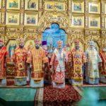 Архієпископ Феодосій співслужив Предстоятелю у Троїцькому храмі на Троєщині (+ВІДЕО)