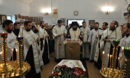 Архієпископ Феодосій звершив відспівування протоієрея Олександра Стороженко