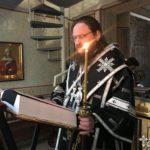 Напередодні Великої П'ятниці архиепископ Феодосій звершив утреню з читанням 12-ти Страсних Євангелій (+ВІДЕО)