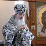 «Адже раніше під час епідемій всі йшли в храм? НІ, НЕ ЗАВЖДИ» — відповідає єпископ-вірусолог