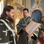 Архієпископ Феодосій звершив Літургію Передосвячених Дарів у Велику Середу (+ВІДЕО)