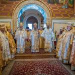 Напередодні свята апп.Петра і Павла архієпископ Феодосій співслужив Предстоятелю у Києво-Печерській Лаврі