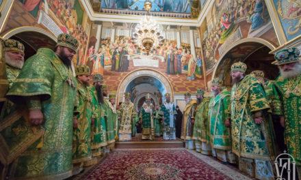 Накануне дня памяти прп.Антония Печерского архиепископ Феодосий сослужил Предстоятелю УПЦ в Киево-Печерской Лавре (+ВИДЕО)