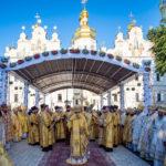 Архієпископ Феодосій співслужив Предстоятелю на всенічному бдінні у Києво-Печерській Лаврі