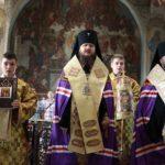 Архієпископ Феодосій очолив молебень з нагоди Дня незалежності