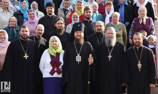 Архієпископ Феодосій очолив Літургію в черкаському храмі Різдва Христового