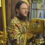 Архиепископ Феодосий возглавил Литургию в черкасском Сретенском храме