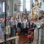 Високопреосвященніший архієпископ Феодосій очолив храмове свято Покрова Божої Матері у Смілі