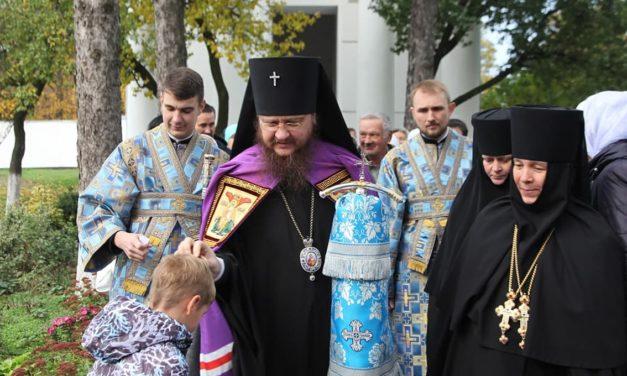 Архієпископ Феодосій відзначив свято ікони Божої Матері «Казанська» у Лебединському Миколаївському монастирі