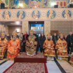 Архієпископ Феодосій співслужив Предстоятелю у Свято-Варваринському храмі на території столичної лікарні (+ВІДЕО)