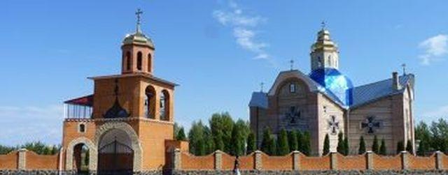 Четырем храмам в г.Черкассы предоставлен почетный статус Архиерейских подворий