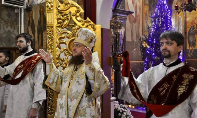 Архієпископ Черкаський і Канівський Феодосій звершив Літургію в день пам'яті преподобного Серафима Саровського