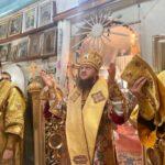 Архієпископ Феодосій звершив Літургію в Преображенському храмі Дахнівки (Черкаси)