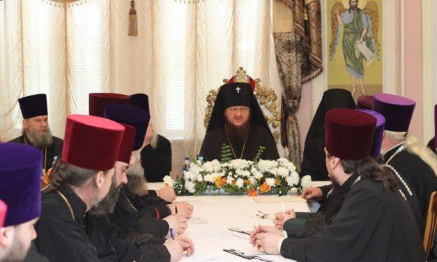 Архиепископ Феодосий провел расширенное совещание с благочинными и председателями отделов Черкасской епархии