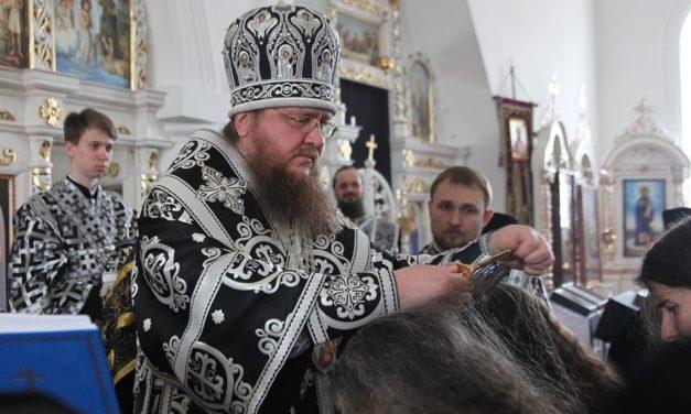 Архиепископ Феодосий совершил монашеский постриг в Свято-Николаевском Лебединском монастыре