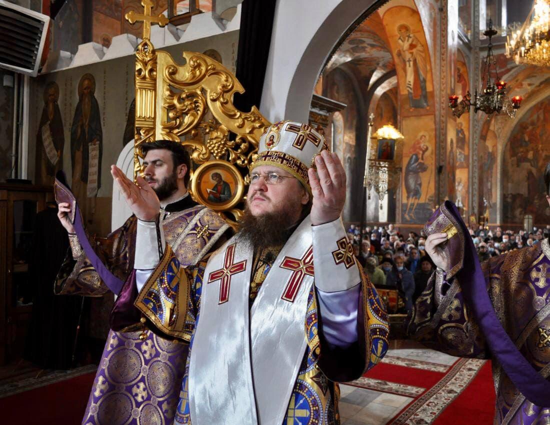 Архієпископ Черкаський і Канівський Феодосій звершив Літургію в Неділю 5-ту Великого посту