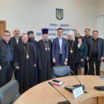 Представник Черкаської єпархії взяв участь у зустрічі представників релігійних організацій з губернатором області