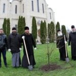 В Соборному парку Черкас напередодні Великодня пройшов «День чистоти»