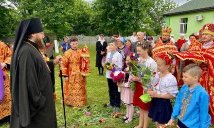 Архиепископ Черкасский и Каневский Феодосий совершил Литургию в Неделю 5-ю по Пасхе