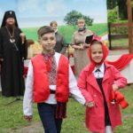 Архієпископ Феодосій благословив свято «Останнього дзвоника» в Першій Черкаській православній гімназії