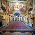 В день пам'яті апп.Петра і Павла архієпископ Феодосій співслужив Предстоятелю у Києво-Печерській Лаврі (+ВІДЕО)
