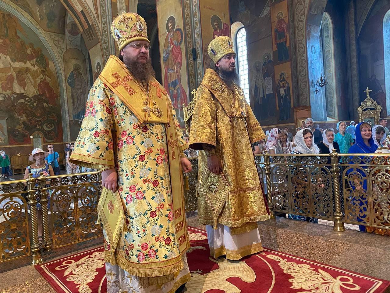 Архієпископ Черкаський і Канівський Феодосій очолив всенічне бдіння напередодні Неділі 5-ї після П'ятидесятниці