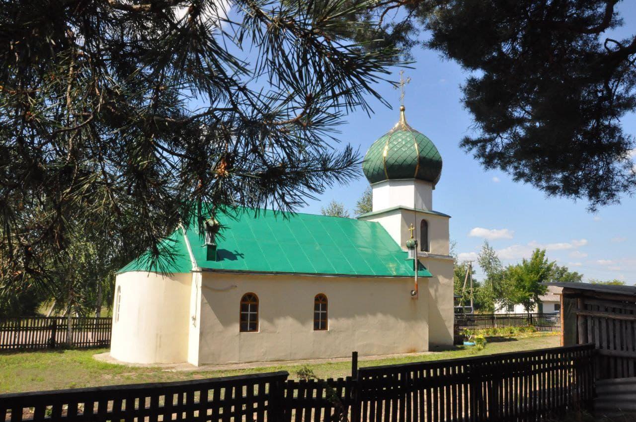 Архієпископ Феодосій освятив храм на честь святителя Миколая Чудотворця