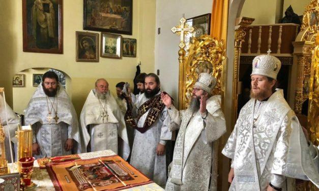 Митрополит Климент возглавил заупокойное богослужение в Золотоношском Красногорском монастыре Черкасской епархии