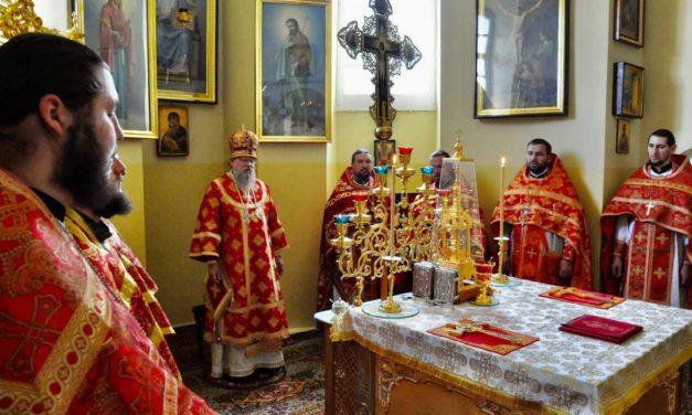 Глава ОВЦС УПЦ митрополит Мелетий совершил Литургию в Красногорском Покровском монастыре Черкасской епархии