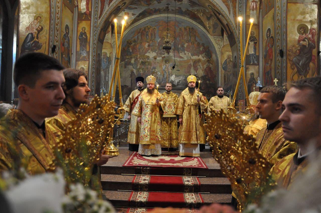Митрополит Черкаський і Канівський Феодосій очолив всенічне бдіння напередодні Неділі 14-ї після П'ятидесятниці