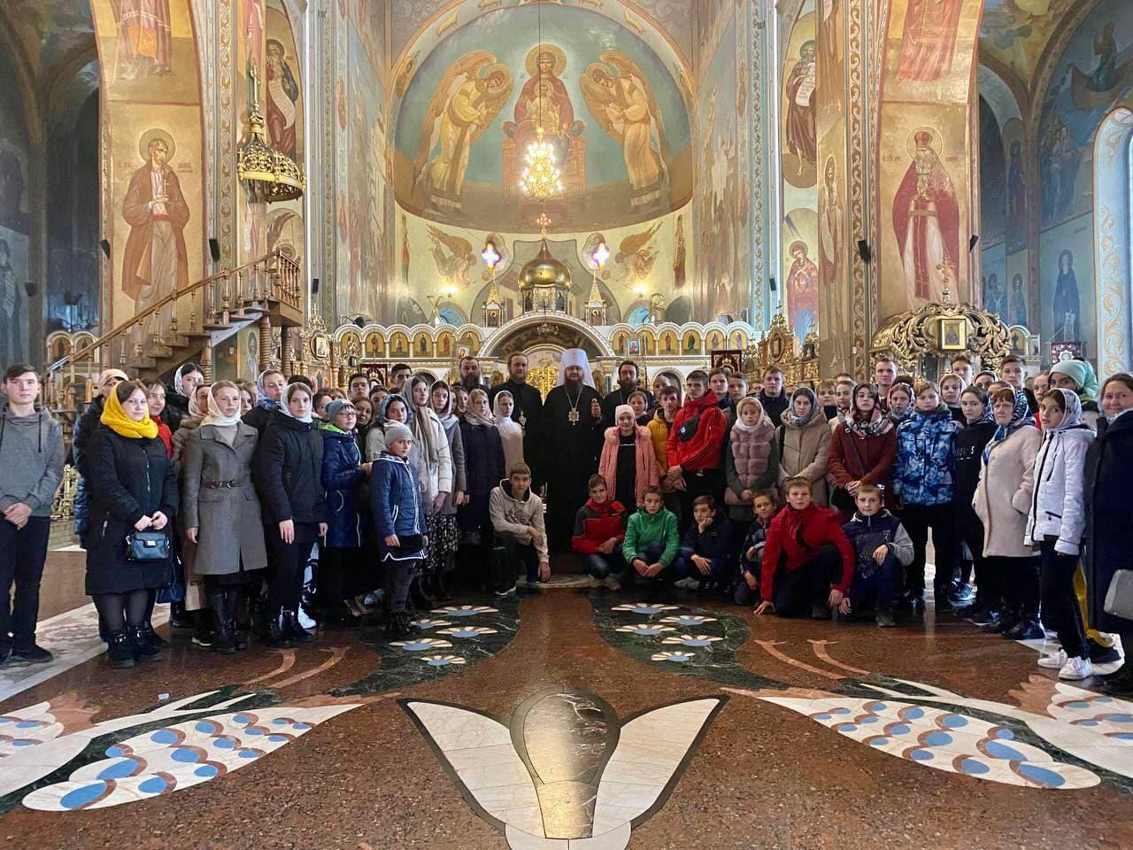 Юні паломники з Ніжинської єпархії відвідали святі місця Черкащини
